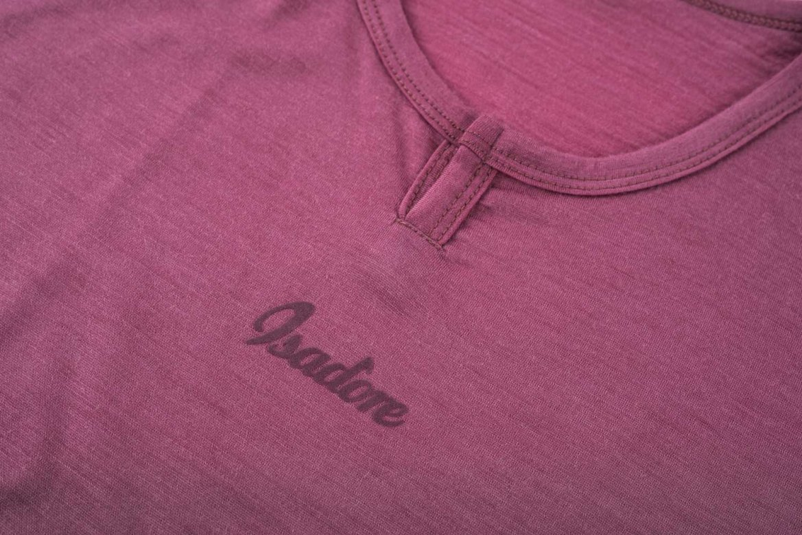 100% Merino SS Baselayer Crushed Berry